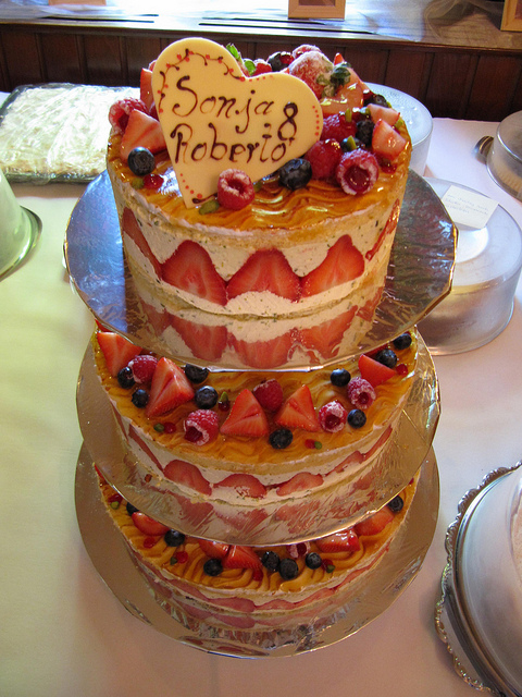 simple fruit wedding cake recipe fruit wedding cakes a wedding cake 19988