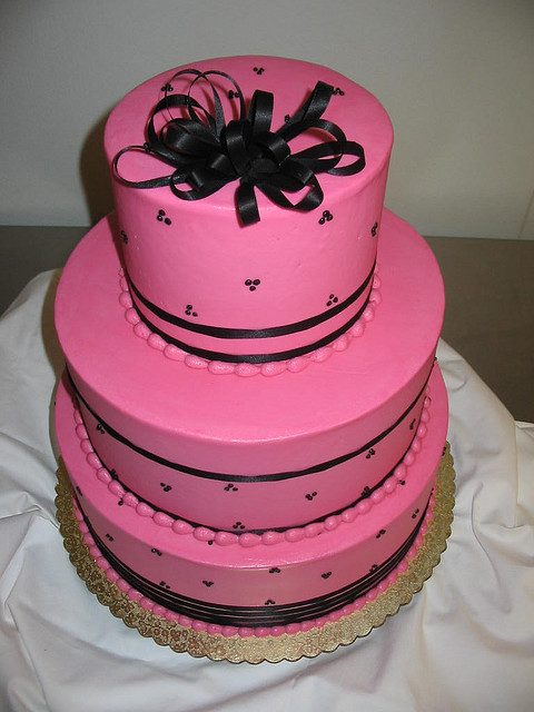 pink and black wedding cakes pink and black wedding cake a wedding cake 18534