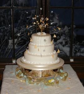 champagne wedding cake