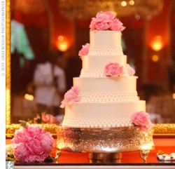 Greenbrier Wedding Cake
