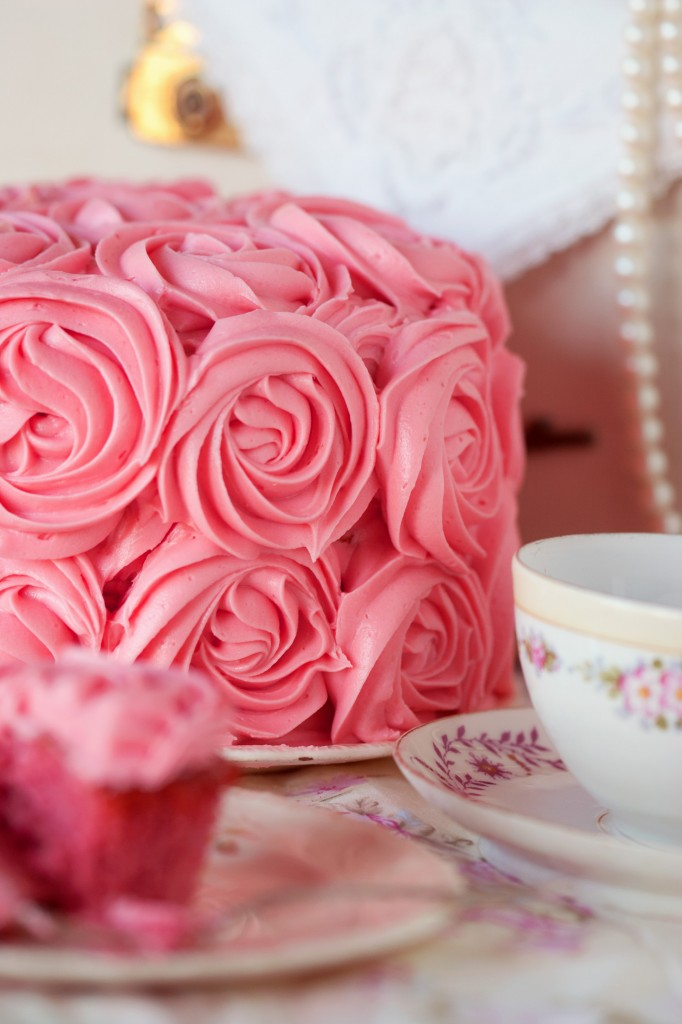 Cakes With Pink Roses A Wedding Cake Blog