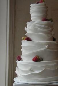 wavy ruffles wedding cake