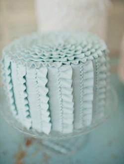 Aqua ribbon wedding cake