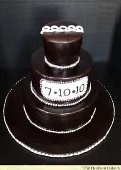 Chocolate Hostess Cupcake Groom's CAke