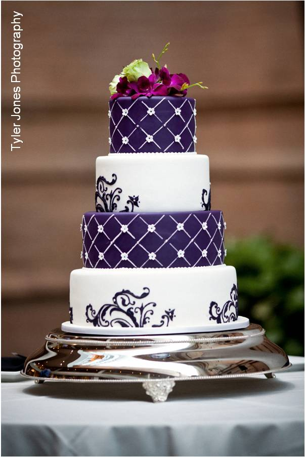 Purple And White Wedding Cake Ideas White And Purple Weddi