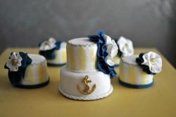 Nautical Mini Wedding Cakes