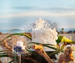 beach white-wedding-cake