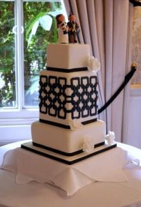 Square-lattice-wedding-cake