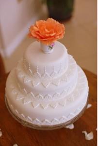 White on white tea wedding cake
