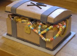 treasure chest groom's cake