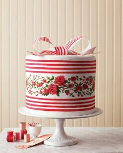 double height red velvet cake