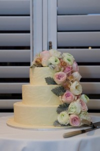 Ivory and Flowers Cake