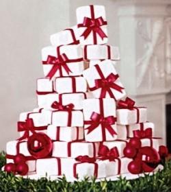 present wedding cake-001