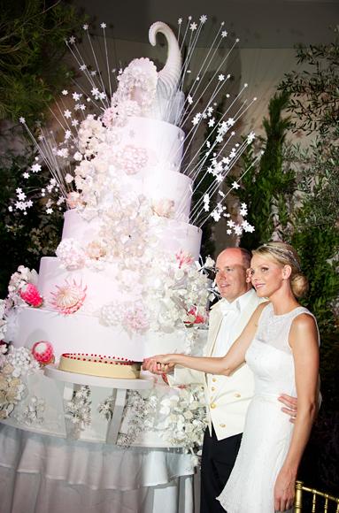 Flashback Friday Prince Albert And Princess Charlene S Wedding Cake
