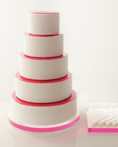 modern-wedding-cake-mwd108277_vert