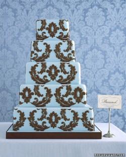 blue damask cake