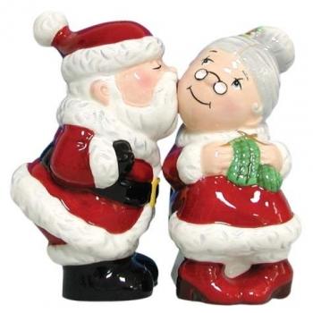 Christmas Wedding Cake Toppers.Santa And Mrs Claus Cake Topper A Wedding Cake Blog