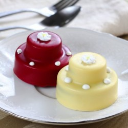 tier-mini-hand-decorated-oreo-cookie-cakes-400