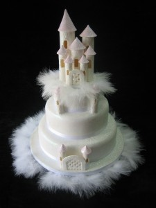castle with feathers 3 tier (2)