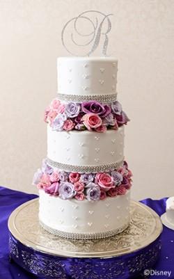 purple flowers cake