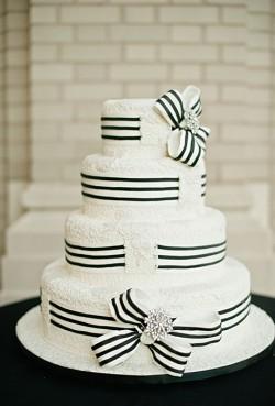 black and white ribbon cake