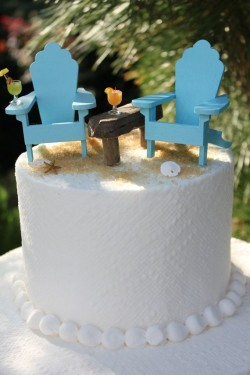 beach chairs on cake