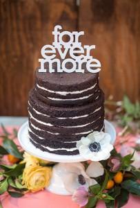 naked choclate cake