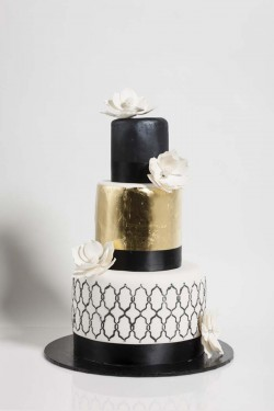 gold and black cake