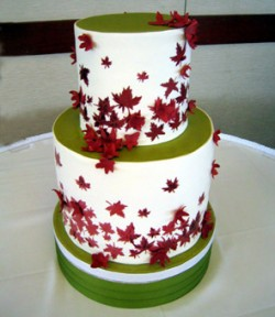 green and red cake