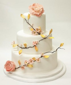 cake with peach flowers