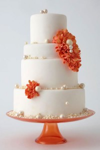 cake with pearls
